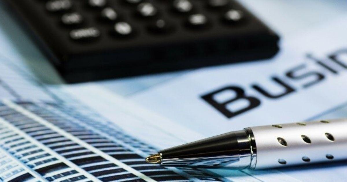 Liquiditätsengpässe berechnen mit Taschenrechner