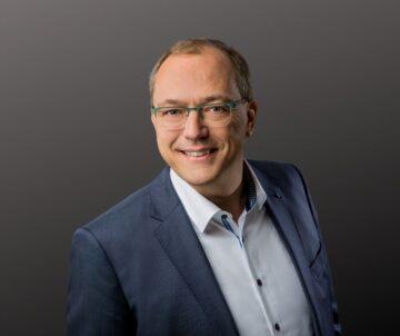 Herr Borgert, Geschäftsführer des Unternehmens